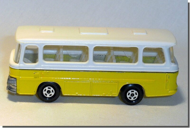 Lesney Matchbox 12 D Bus Setra coach A 3