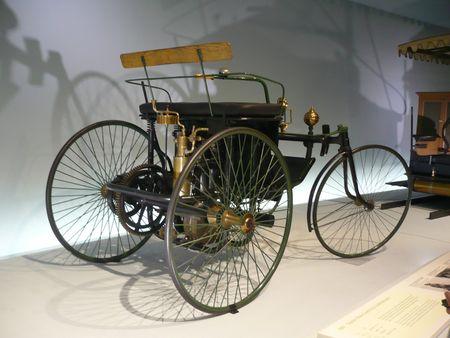 DAIMLER Motor Quadricycle Stahlradwagen 1889 Stuttgart (2)