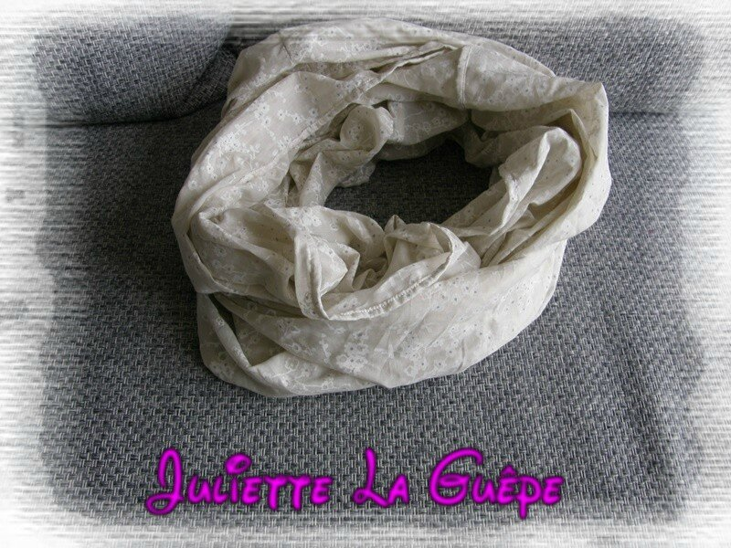 snood infiniti beige