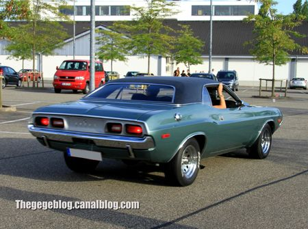 Dodge challenger coupé (Rencard Burger King aout 2012) 02
