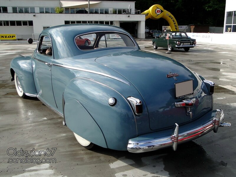 chrysler-royal-business-coupe-1941-02