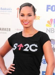 alicia-keys-sophisticated-brunette-updo-hairstyle-275
