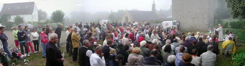 Ch30 - Chapelle Saint André de Landrer à Plogoff - Pardon en 2002