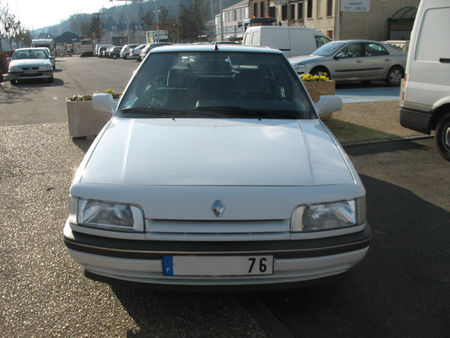 Renault21ph25pav