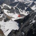 Refuge vu depuis le sommet du Vignemale