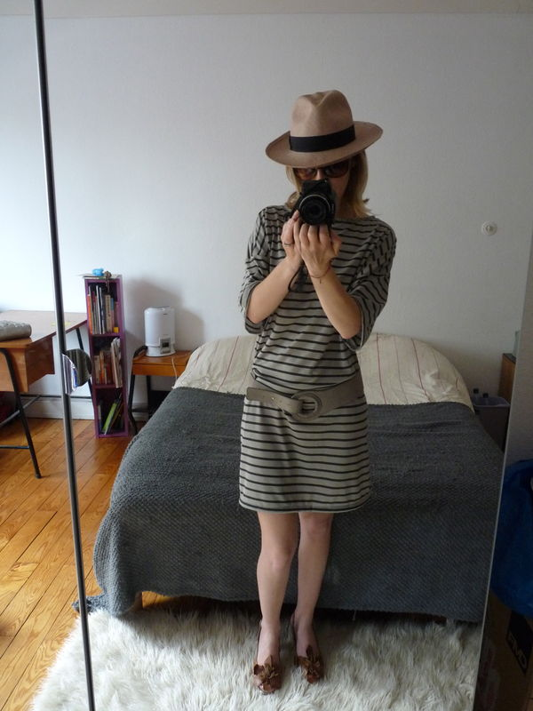 robe d de ma petite garde robe made in moi. Black Bedroom Furniture Sets. Home Design Ideas