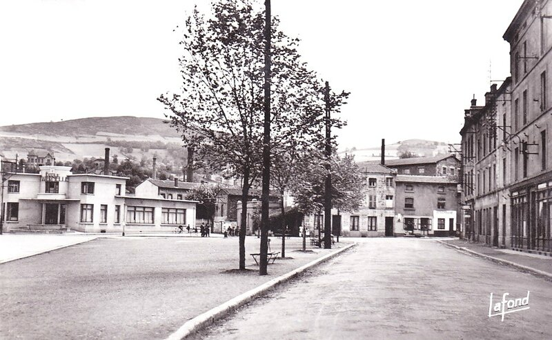 place Louis Comte (2)