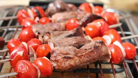 brochettes canard aux tomates