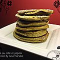 Pancakes au café, miel et pépites de chocolat