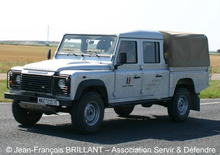 LAND ROVER DEFENDER / 1983-2015 - zoom auto blog