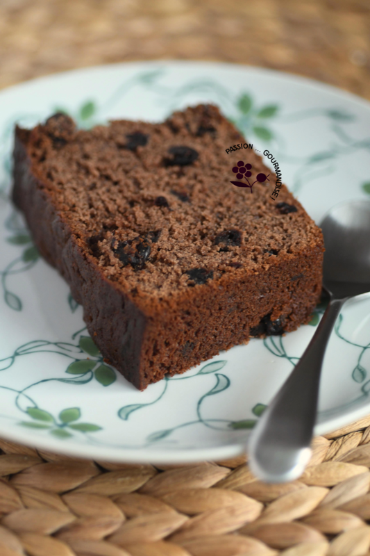 Cake moelleux chocolat & confiture de cassis_1