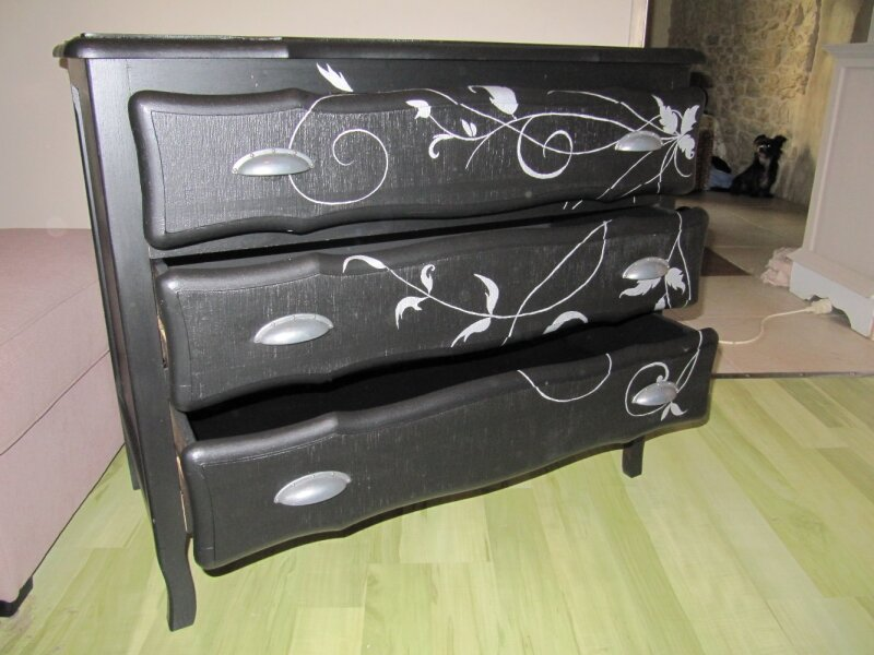 commode baroque 3 photo de commode barroque l 39 atelier vert anis. Black Bedroom Furniture Sets. Home Design Ideas