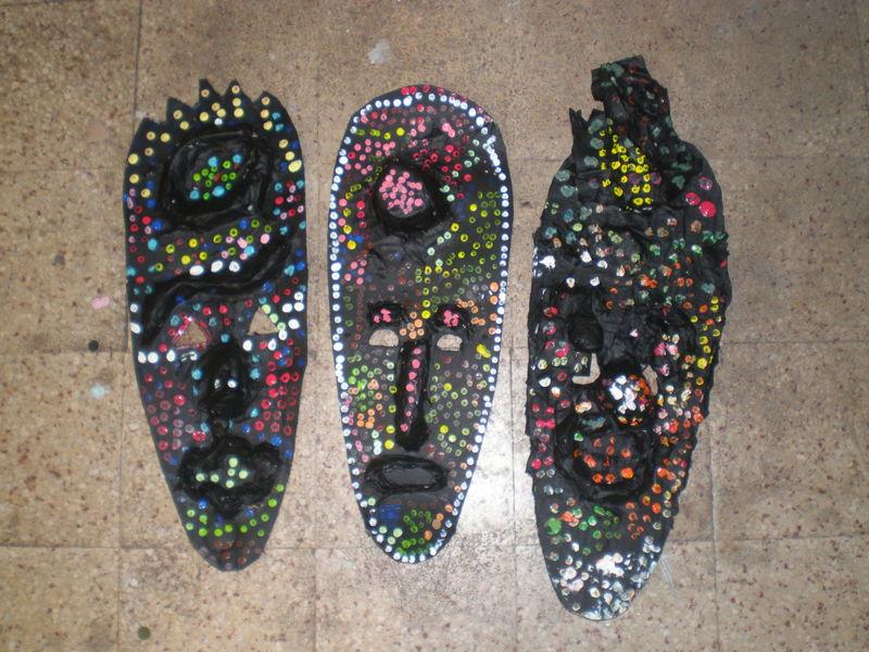 exposition de masques africains domi dessins et peintures. Black Bedroom Furniture Sets. Home Design Ideas