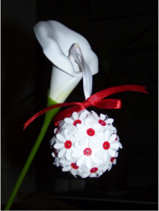 boule_noel_fleur_sequin-blanc-rouge