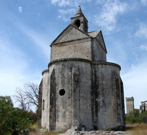 Montmajour_Sainte_Croix