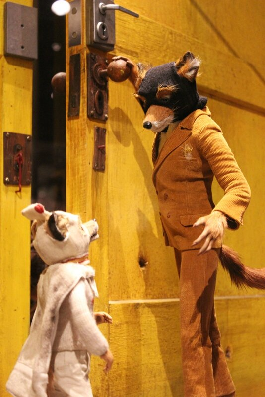 wes-anderson-follow-me-white-rabbit-alice-musee-miniature-lyon (28)