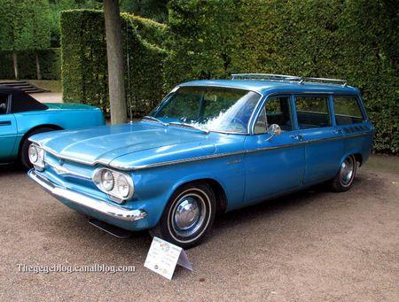 Chevrolet lakewood 4 door station wagon de 1961 (9ème Classic Gala de Schwetzingen 2011) 01