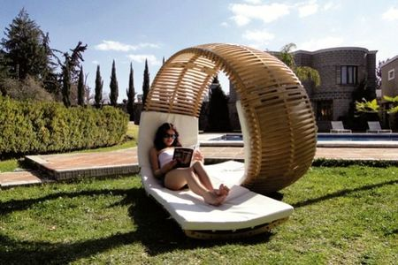 Lounge-chair-Loopita-par-Kerozen-Design-2[1]