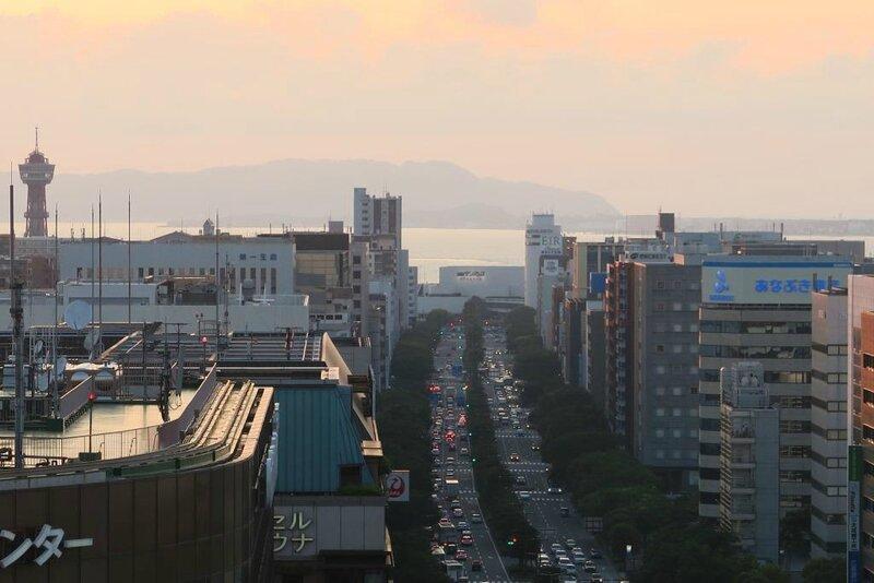 16-05-13_10_Fukuoka vu du toit de la gare