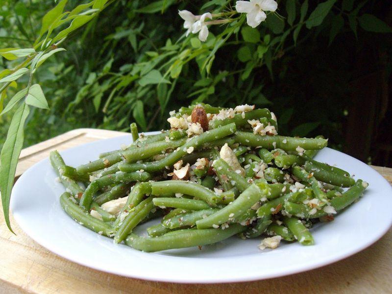 salade de haricots verts aux noix quand est ce qu 39 on mange. Black Bedroom Furniture Sets. Home Design Ideas