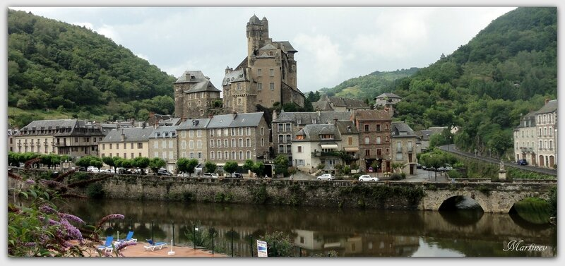 02 08 020 Estaing (Aveyron) (4)