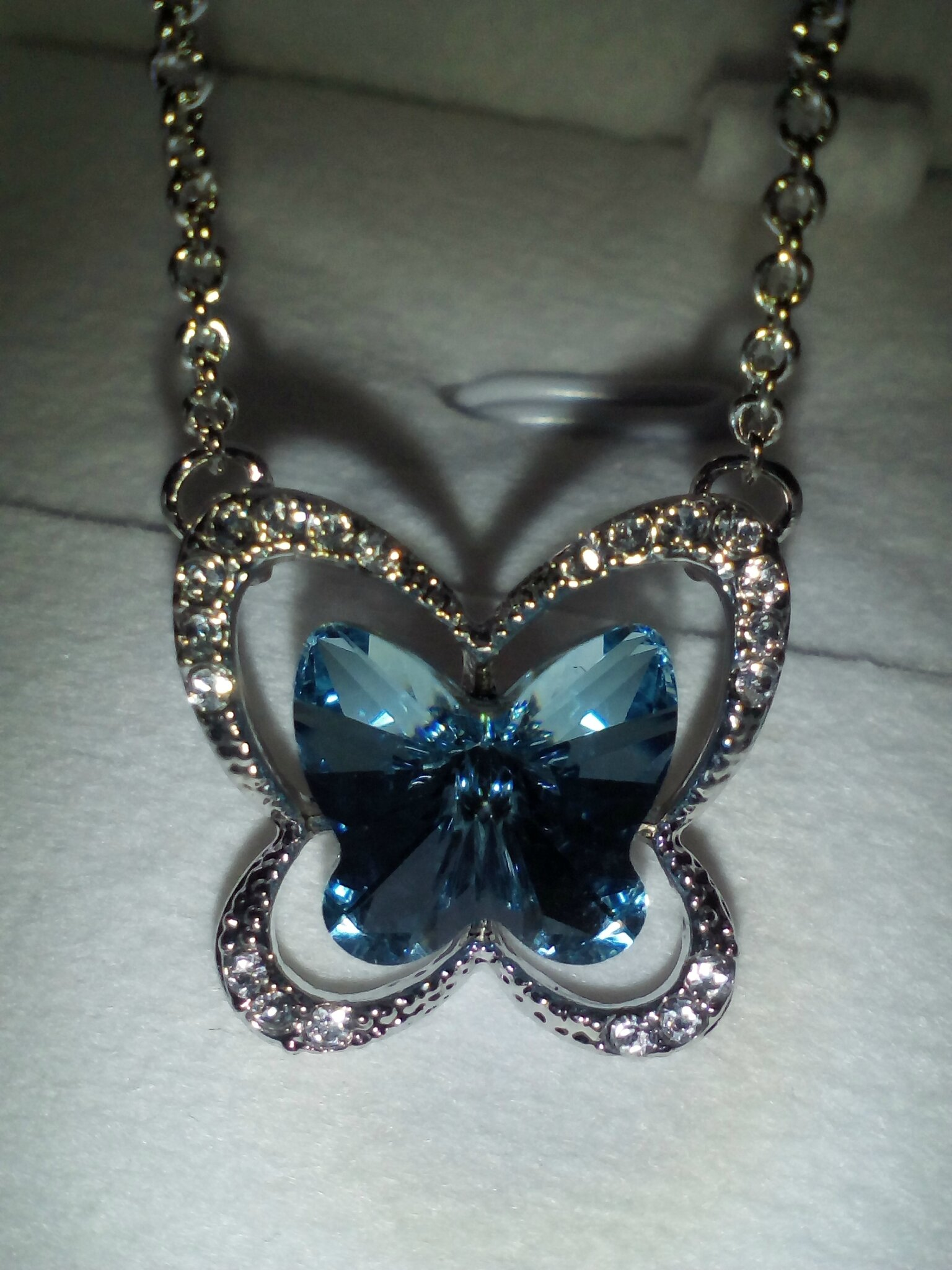 collier papillon Lady Colour