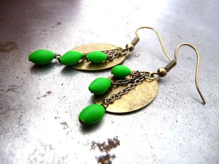boucles-d-oreille-boucles-d-oreille-medaillon-vert-1555214-p1050591-r-a7431_big