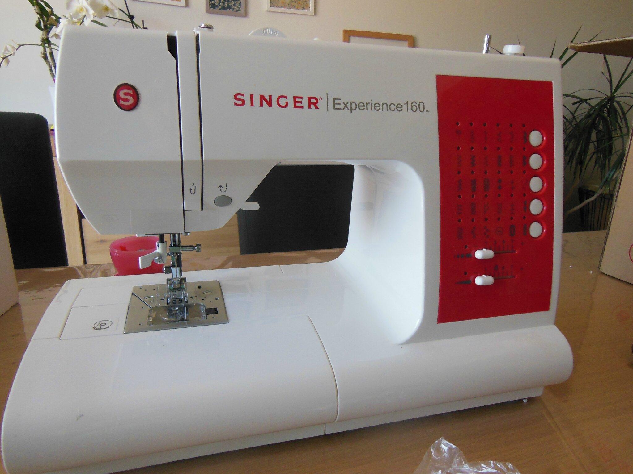 Vends machine coudre singer experience 160 la fibre for Machine a coudre 2015