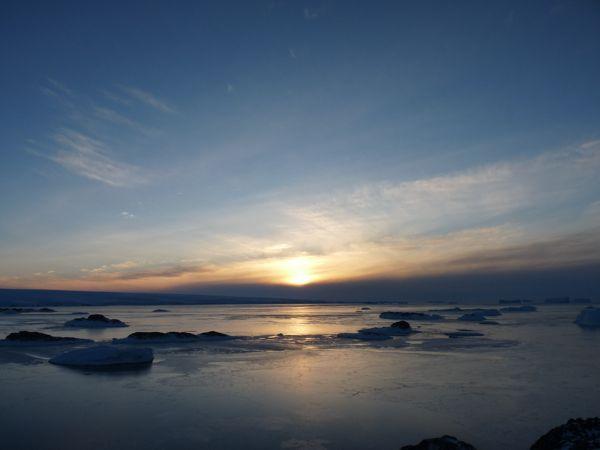 Premier coucher sur la banquise itin raires polaires - A quelle heure se couche le soleil ce soir ...