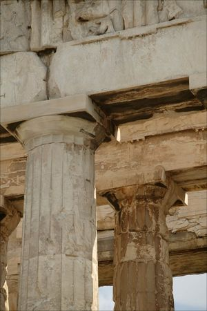 parthenon_column_detail
