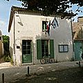 220px-Talmont_mairie