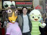 Premiere_Disney_Animated_Feature_Chicken_Little__mJcOFjIBDBl