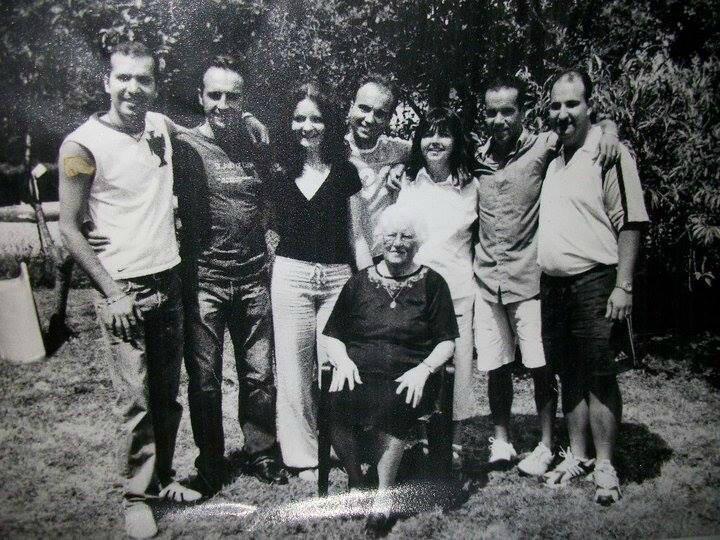 SraPreciosa&Netos (Juin2004)