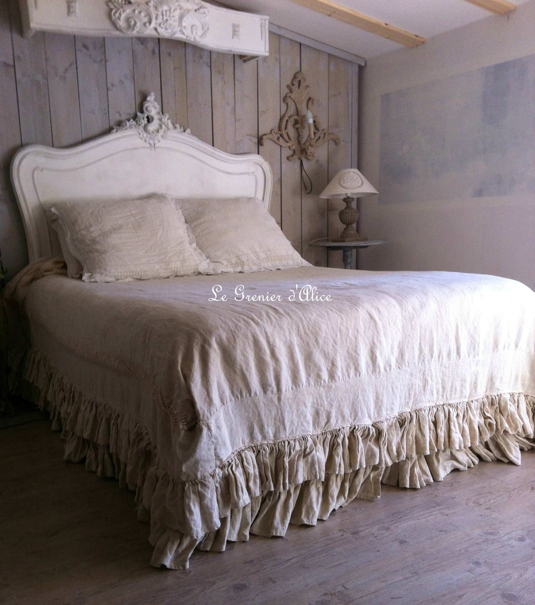 housse de couette volants tr s shabby chic le grenier. Black Bedroom Furniture Sets. Home Design Ideas
