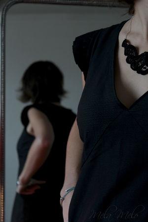melamelo_robe_noire_plis_3