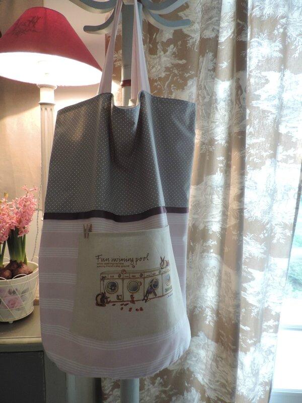 grand sac rond style shabby, doublé en drap ancien