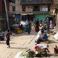 Dans les rues de Bakhtapur)