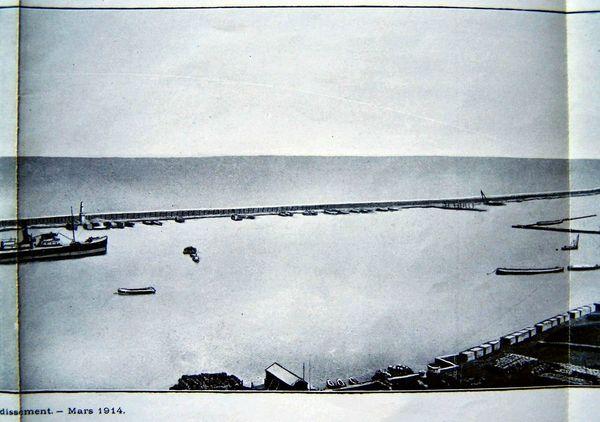 Oran- 151- travail sur les quais