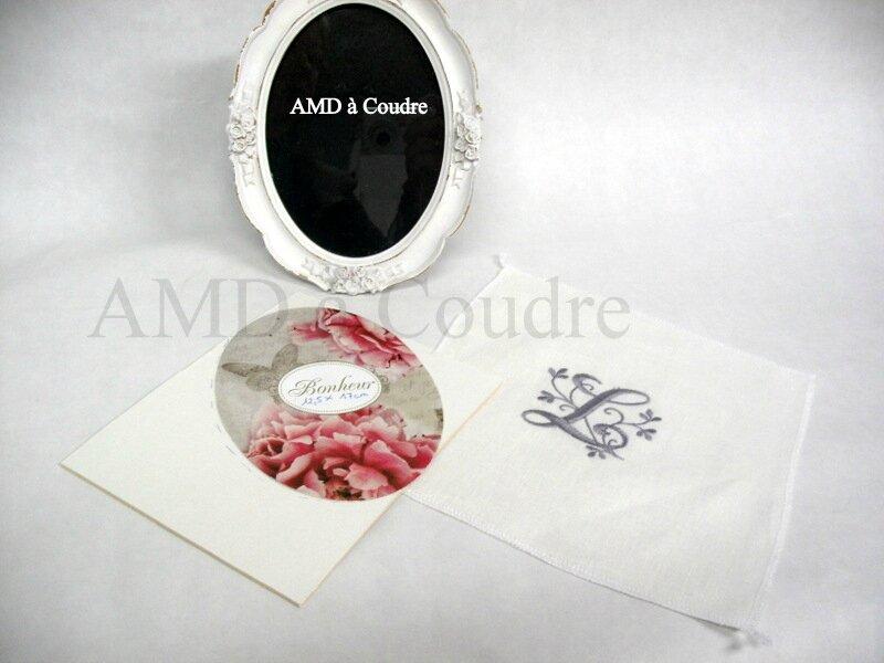 MONOGRAMME ET PLAQUE ADHESIVE AMD A COUDRE (2)