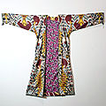 Silk woven ikat kaftan robe, central asia, uzbekistan, late 19th c to early 20th c