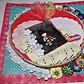 03 02 carte shabby ficelle fleur npperon trois couleurs_