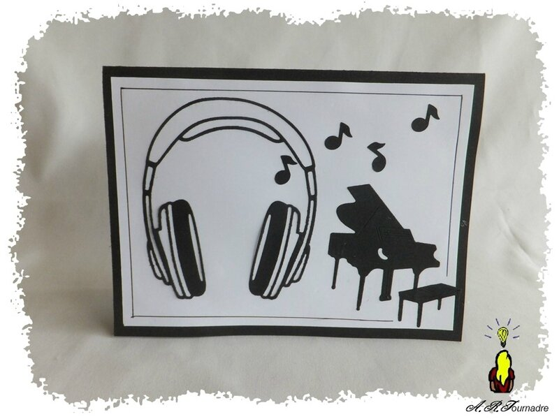 ART 2018 02 casque & clavier pop-up 2