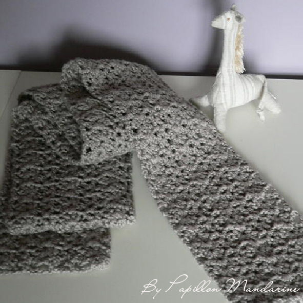 _charpe_crochet_gris