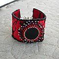 Bracelet style manchette rouge et noir