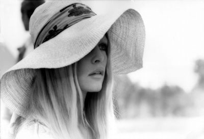 bb-theme-chapeau-1970-photo-010-1