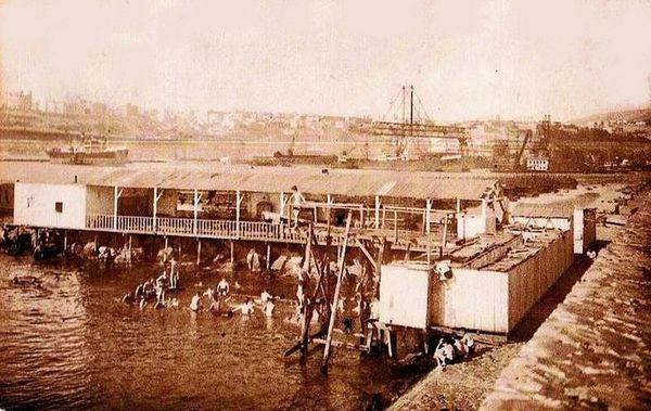 Oran- 160- travail sur les quais