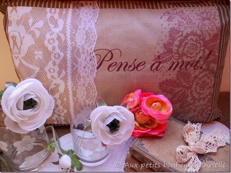 Coussin romantique (7)