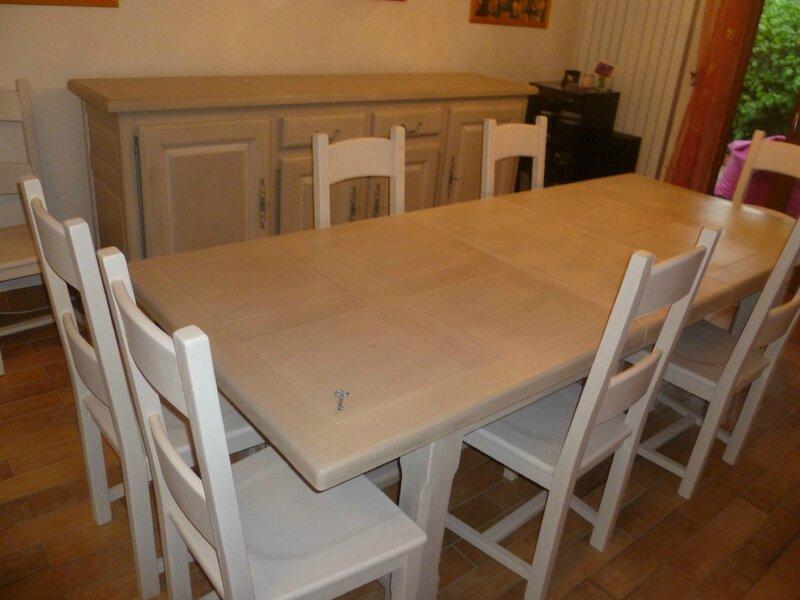 Poncer un meuble en bois vernis excellent poncer un for Peindre du bois vernis sans poncer