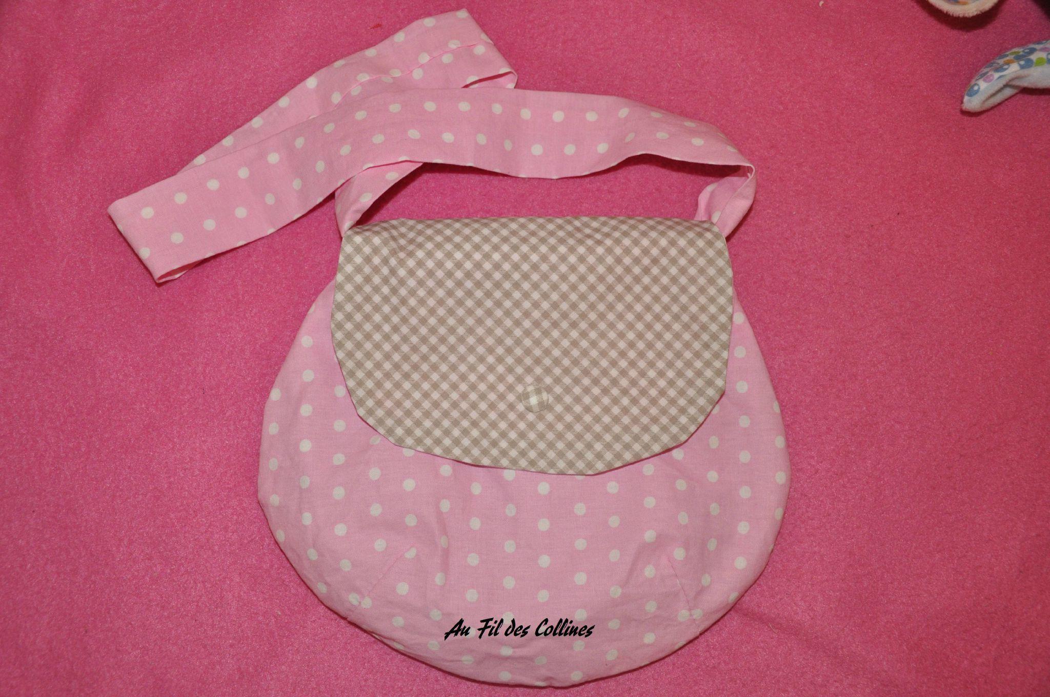 sac de petite fille rose et beige au fil des collines. Black Bedroom Furniture Sets. Home Design Ideas