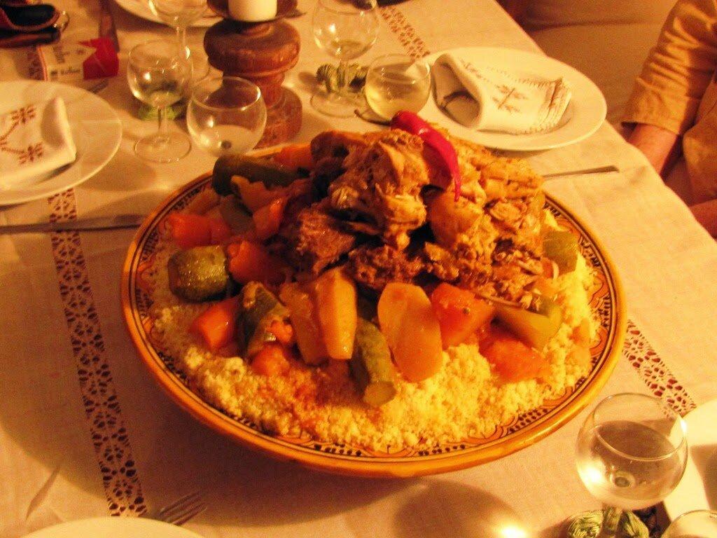 le d ner marocain de recettte couscous marocain recette couscous. Black Bedroom Furniture Sets. Home Design Ideas